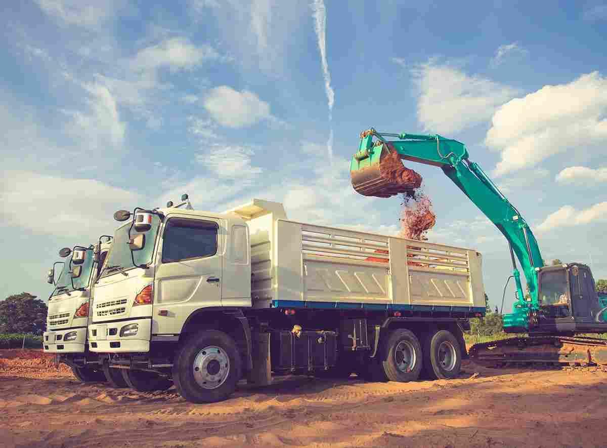 https://angelsxpress.com/wp-content/uploads/2017/08/inner_big_trucks_03.jpg
